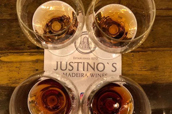 음식과 즐기는 복합미의 진수, 주스티노스 마데이라