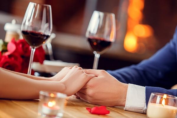 시작되는 연인들이 함께하기 좋은 와인
