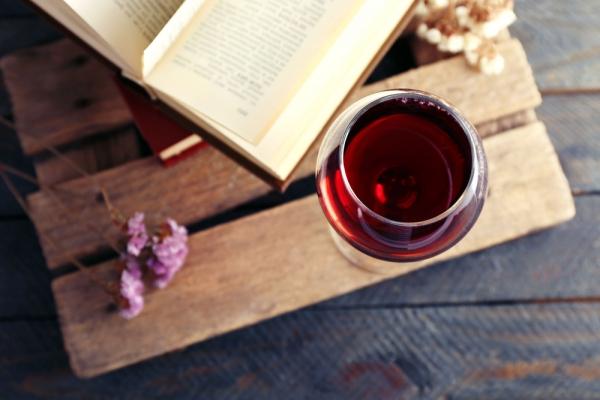 가을 타는 기분일 때 마시기 좋은 와인